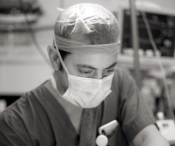 ניתוח פנים - מילוי קמטים בפנים